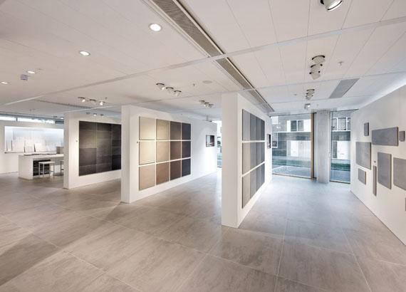http://www.zeeprojects.com/1/wp-content/uploads/2011/12/02587-Mosa-Showroom-Amsterdam-Zeeprojects-20-281.jpg